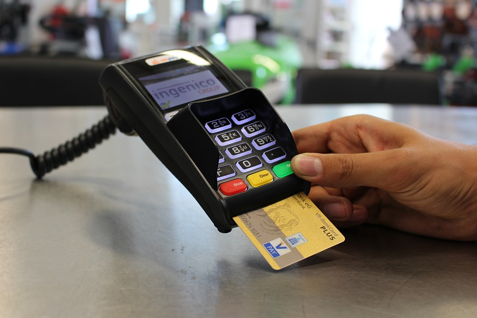 Card machine - How to spot card skimmers and stay safe in 2018
