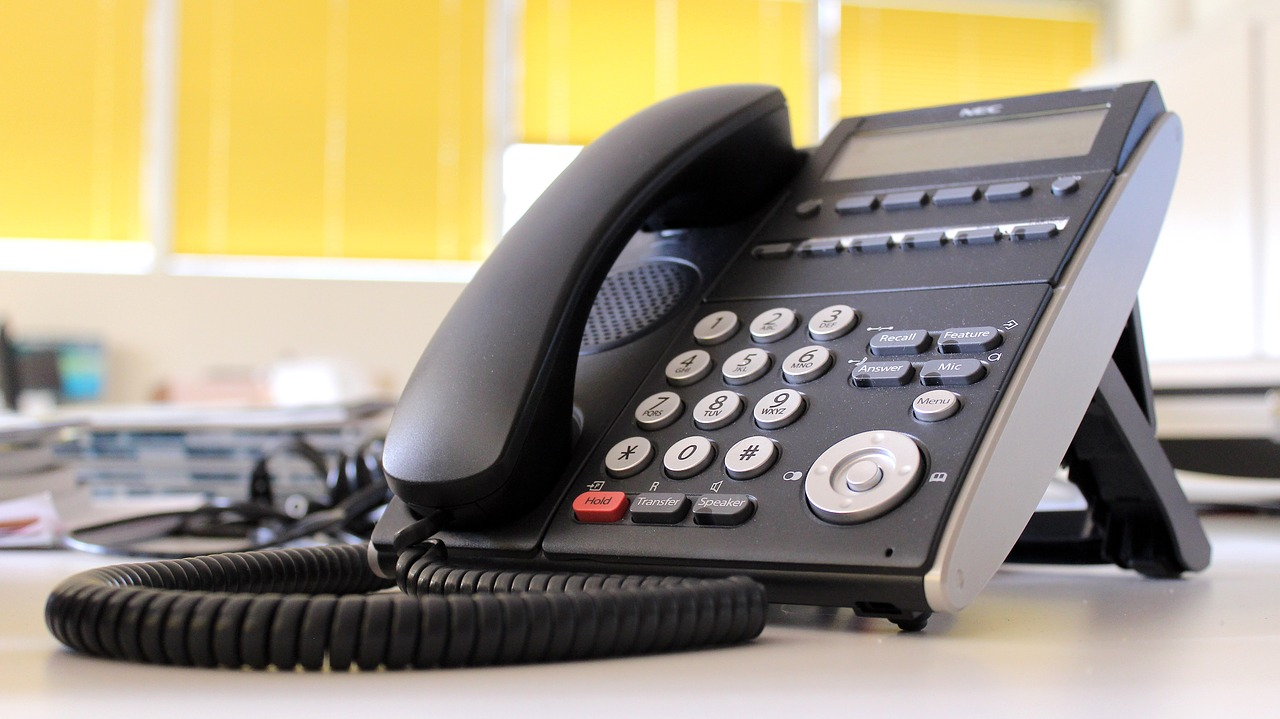 Best Office Phones of 2017 - An Expert Guide