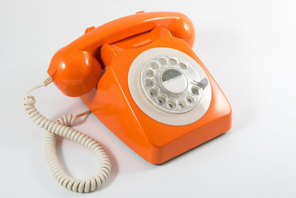 Retro 1 1024x683 - Retro Phones for Hotels | Tech-Mag Guides