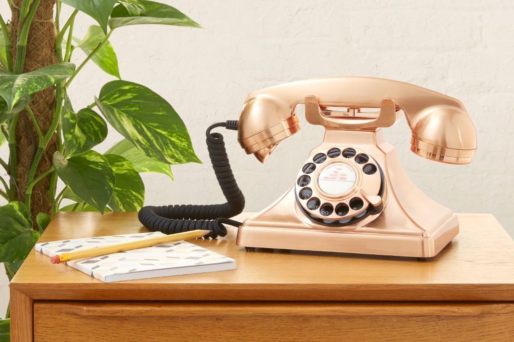 Retro1 1024x683 - Retro Phones for Hotels | Tech-Mag Guides